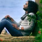 دانلود و پخش آهنگ حساسیت از ایمان قیاسی
